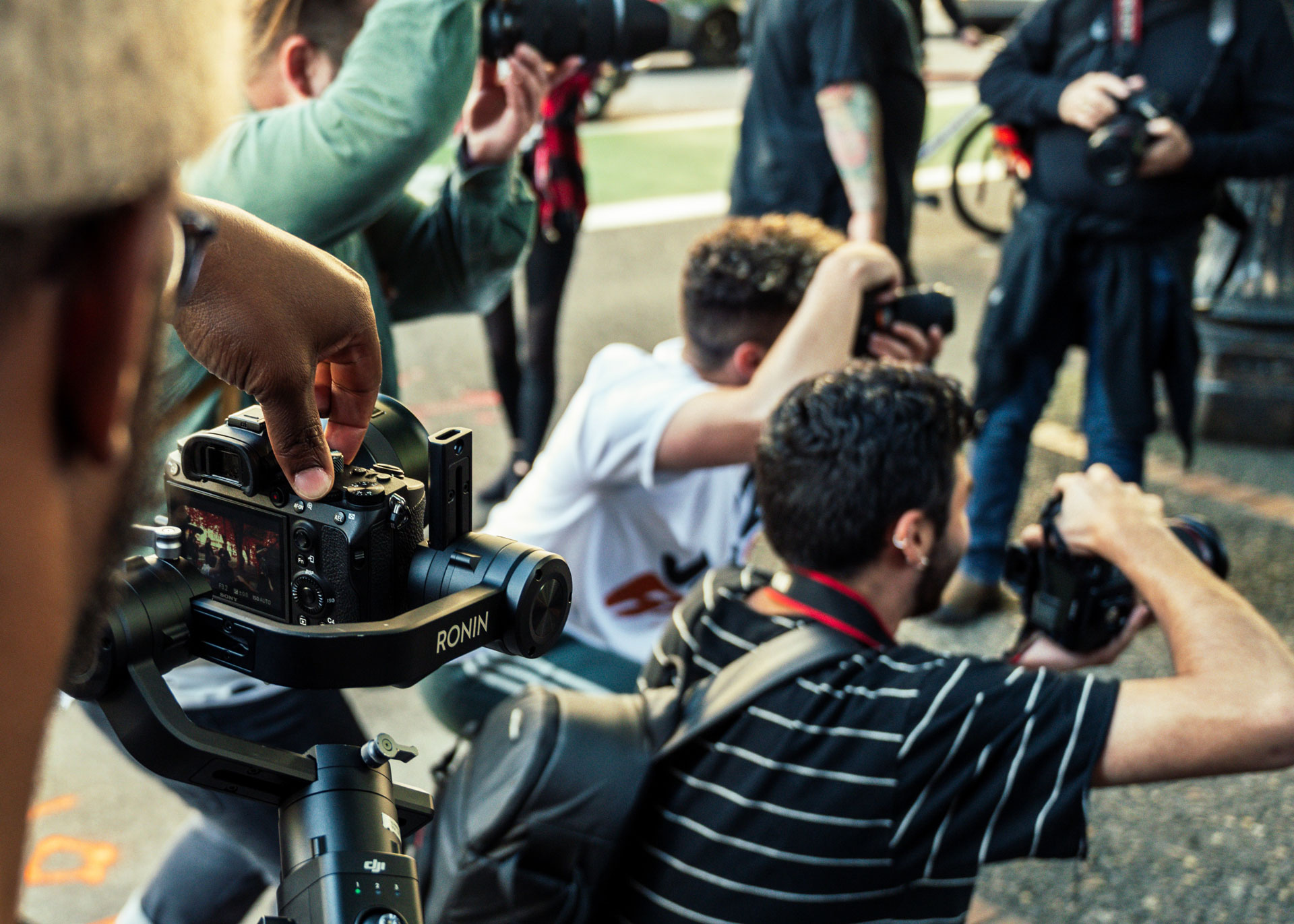 photo journalists taking pictures
