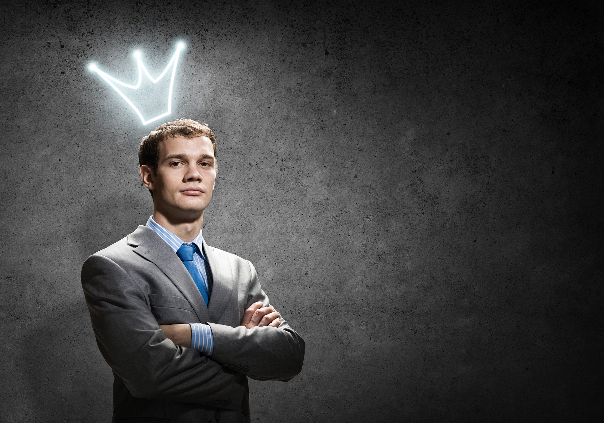 "An ""idea guy"" pictured with a light bulb crown over his head"
